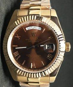 Replica de reloj Rolex Day-Date 01 (40mm) 228235 Chocolate Oro Esfera Marrón Automático (President)