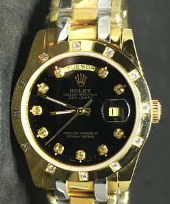 Replica de reloj Rolex Day-Date 04 (37mm) Gold Diamonds (Esfera Negra) Oro rosa y oro blanco (Automático)